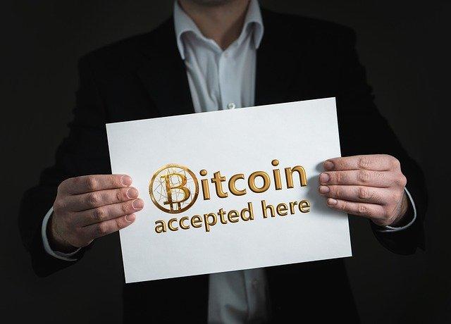 Como é porque devo fazer investimento em bitcoin.