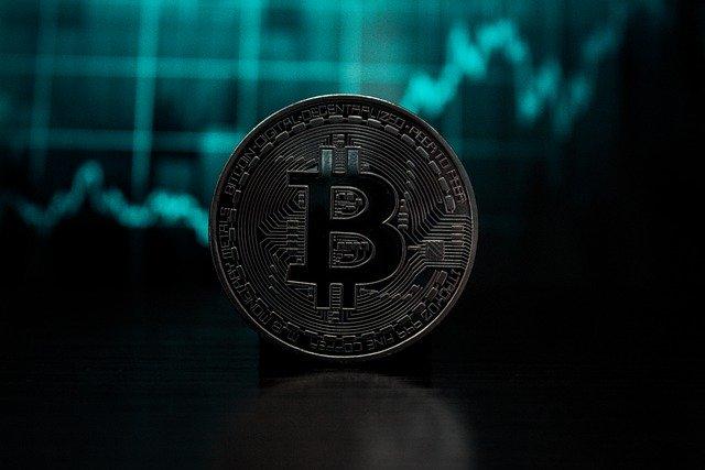 Saiba como evitar golpe do bitcoin e pirâmides financeiras, conheça todas as formas de golpe como pumps, ICOs falsas é o cryptojacking.