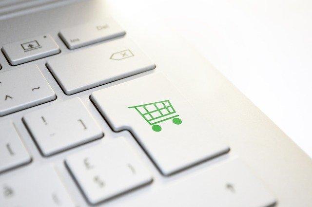 Ganhar dinheiro em casa: 12 ideias para trabalhar em casa, própria loja virtual.